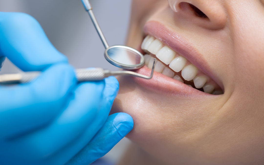 What to Consider When Choosing a Cosmetic Dentist in Brentwood