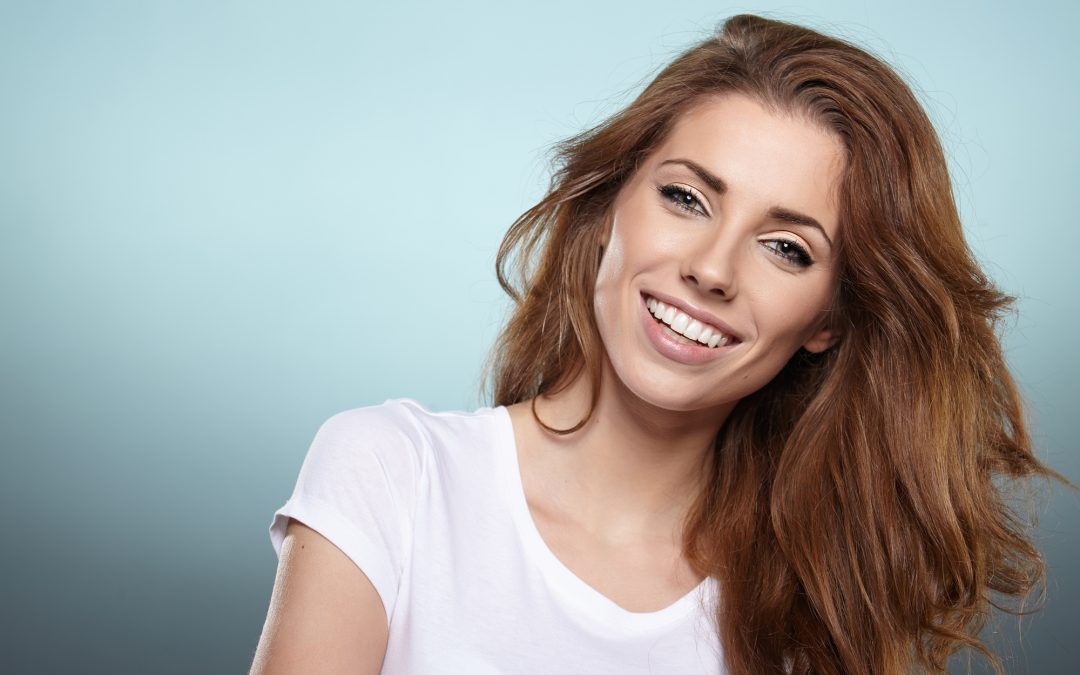 Sophisticated Smiles: Why Zoom Is the Best Type of Professional Teeth Whitening